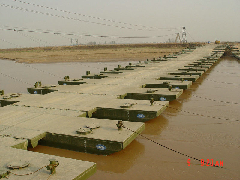 Military Floating Pontoon Bridge , Pedestrian Floating Water Bridge