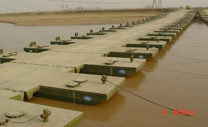 Reusable Floating Pontoon Bridge / Army Pontoon Bridge With Heavy Loading Capacity